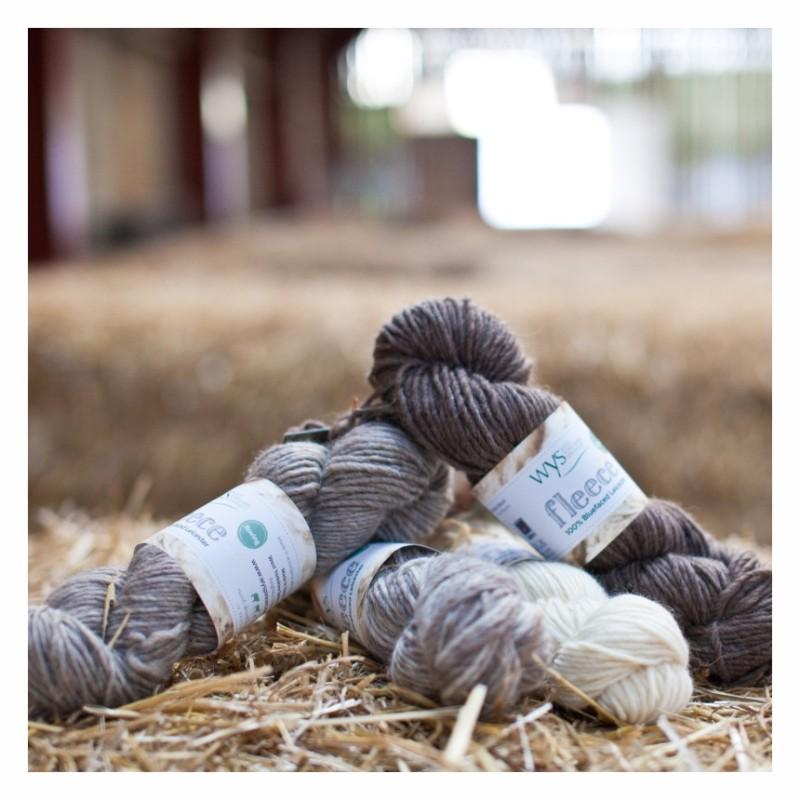 WYS - 100% Bluefaced Leicester Roving - ungefärbte Wolle zum Färben und Filzen